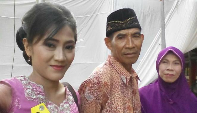 Kisah Inspiratif Darwati, PRT yang Mendapat Gelar Sarjana Terbaik di Semarang